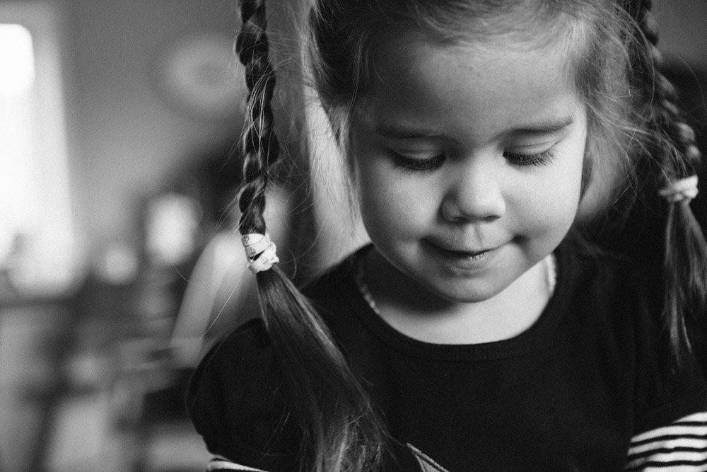 Pigen med fletningerne